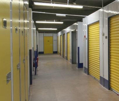 self-storage-units-picture-01.jpg